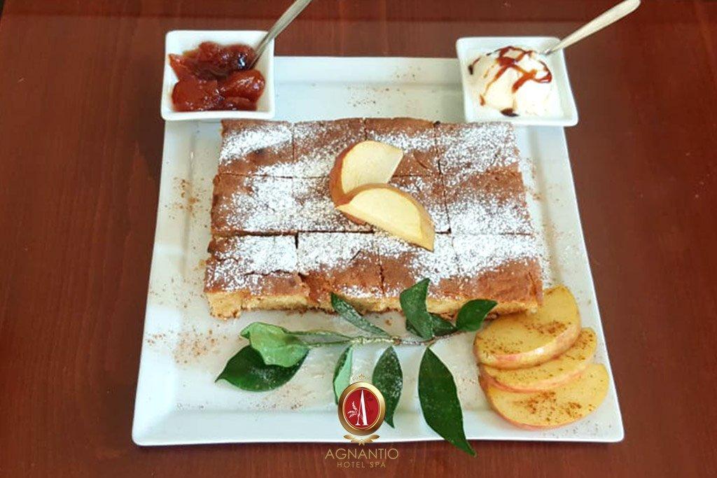 Συνταγή για Μηλόπιτα - Ξενοδοχείο Αγνάντιο